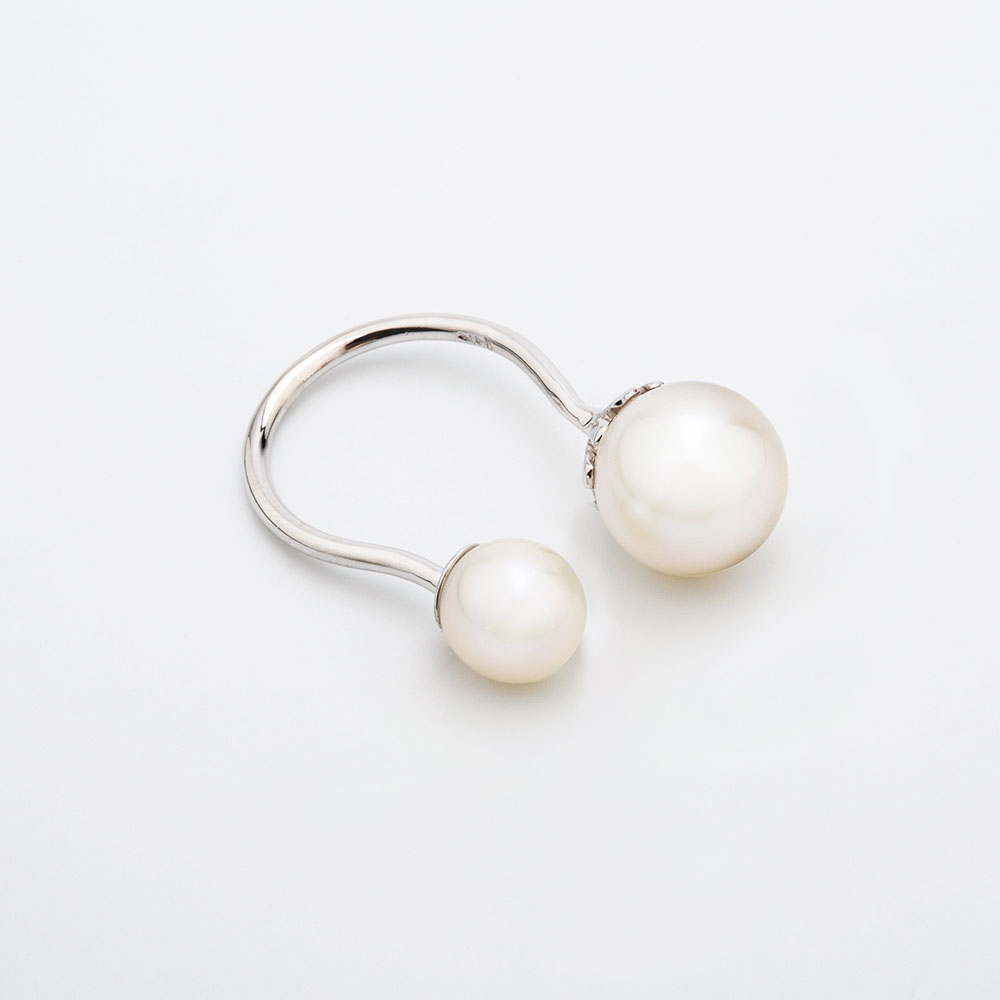 sc cream pearls with s jackets soft crystal earrings curved ear i silver