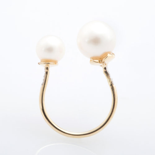 two-pearl-ring-1