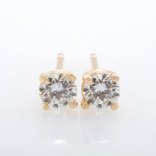 diamond-stud-earring-1