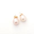 pearl-stud1-3